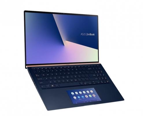 ASUS ZenBook 15 UX534FA seitlich offen
