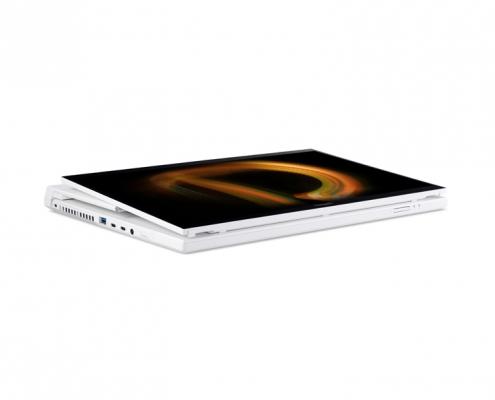 Acer ConceptD 7 Ezel CC715-71-73AW -Pad