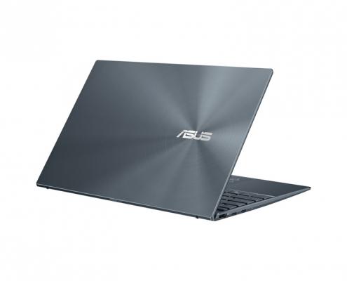 ASUS ZenBook 14 UM425UA -seitlich hinten