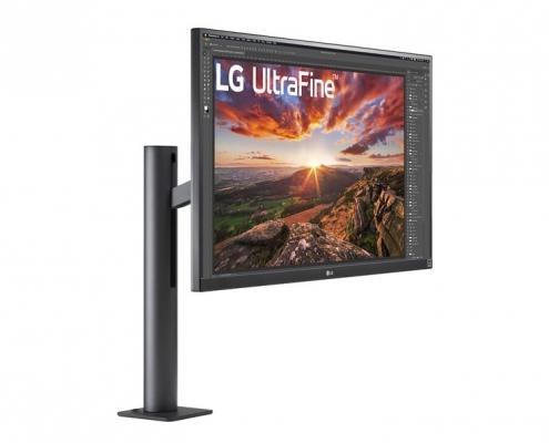 LG UltraFine 27UN880-B -seitlich links