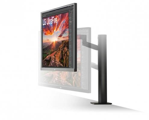 LG UltraFine 27UN880-B -seitlich rechts