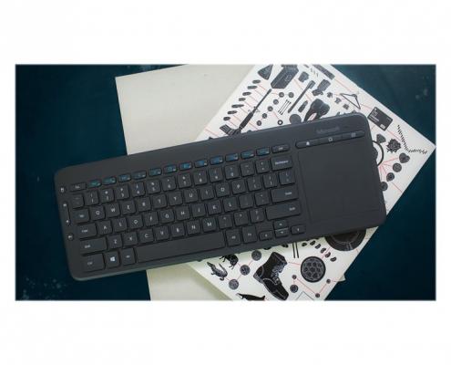 Microsoft All-in-One Media Keyboard -Lifestyle